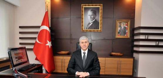 """VALİ MEHMET UFUK ERDEN'İN """"ANNELER GÜNÜ"""" MESAJI"""