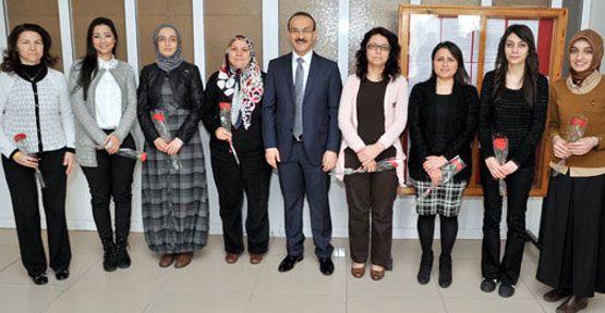Vali Seddar Yavuz 'Kadınlar Gününü' kutladı